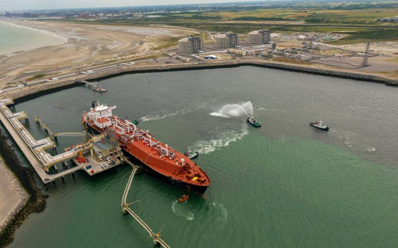 The Dunkirk regasification plant, a turnkey project performed by Techint E&C and SENER as part of the TS LNG consortium, has received its first LNG carrier